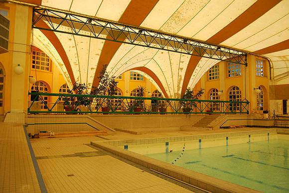 piscine office du tourisme de n ris les bains