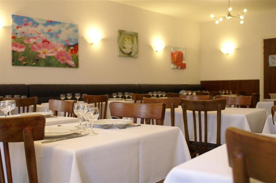 Le Centre et Proxima restaurant
