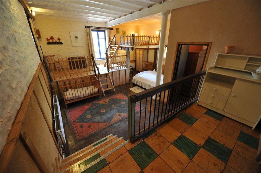 Chambre plus mezzanine